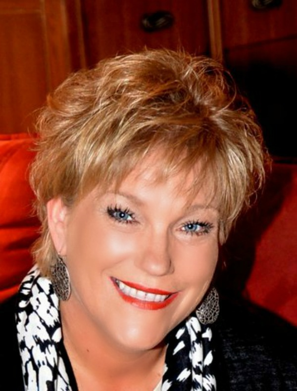 Linda Brannon With The Merry Melody Singers Deep Inside Me - What Else Could I Do But Cry